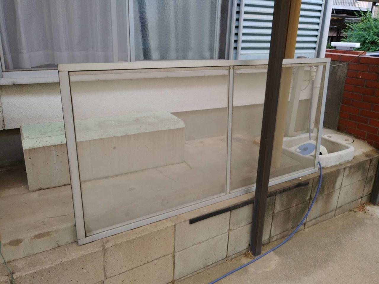住宅の開口部(引き違い窓・戸の枠)は、経年により歪みが生じてしまい、サッシ窓などの調整では対応できなくなる場合もあります。