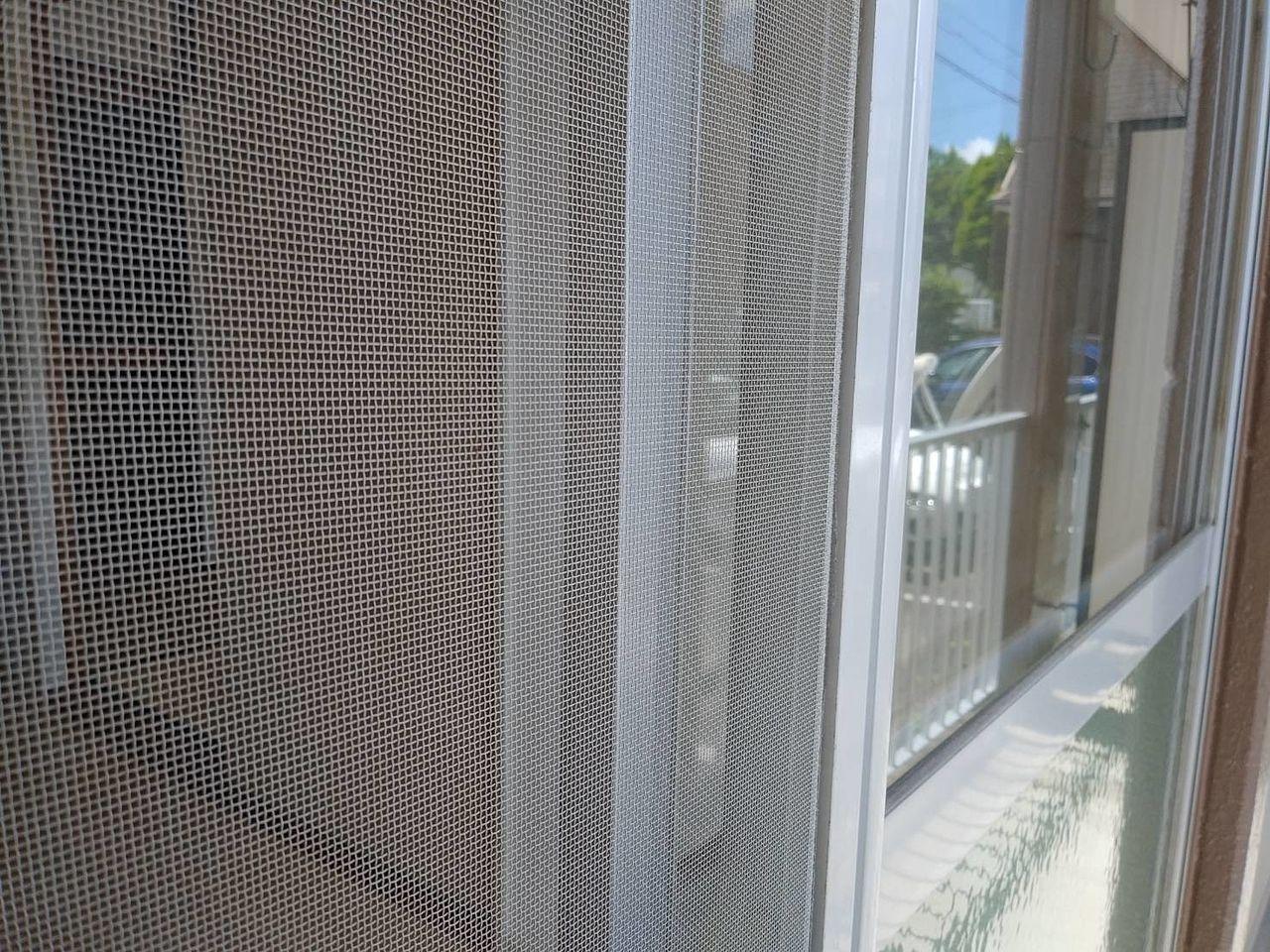 網戸枠と窓枠が重なっているかを意識して網戸を利用しましょう!